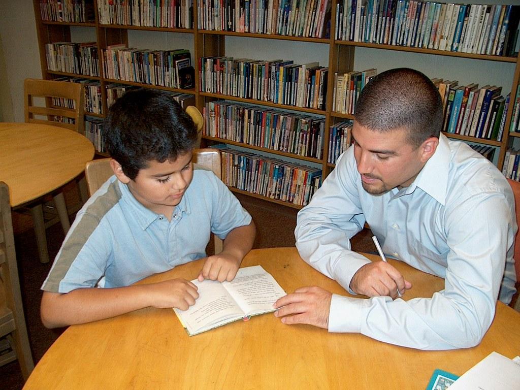 comprehension listening reading tutoring